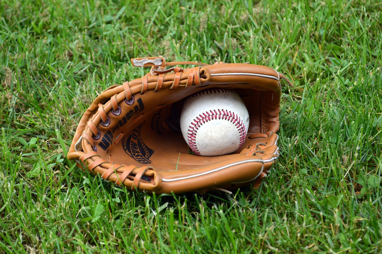 羽鳥慎一の出身高校は横浜平沼高校で、野球部のエースだった学生時代!